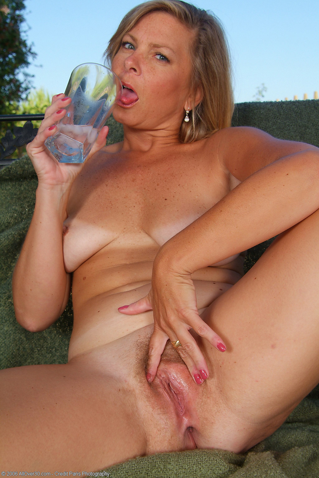 Amateur milf videos 40plus