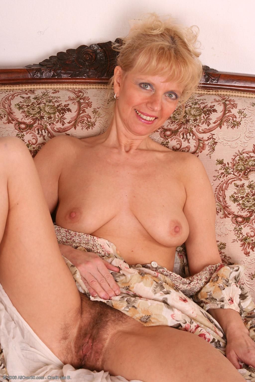 Секс молодого с 30 летней 1 фотография