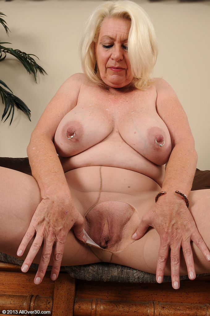 Congratulate, Angelique 60 year old milf can help