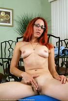 Mega Teen Tits - Hot Busty Teen Photos - Free