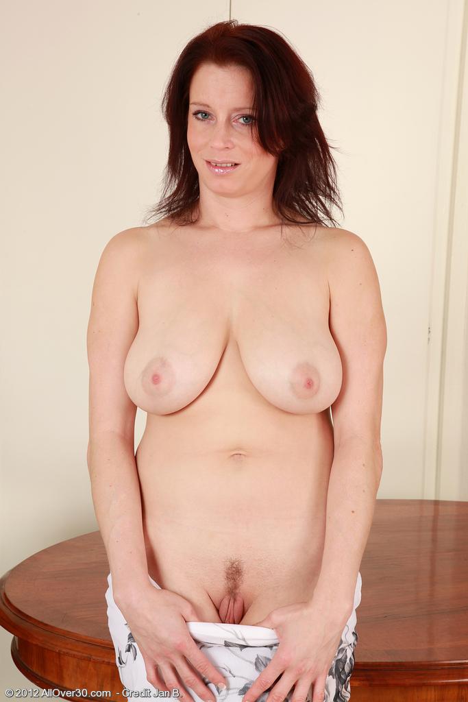 фото голылых женщин полностью