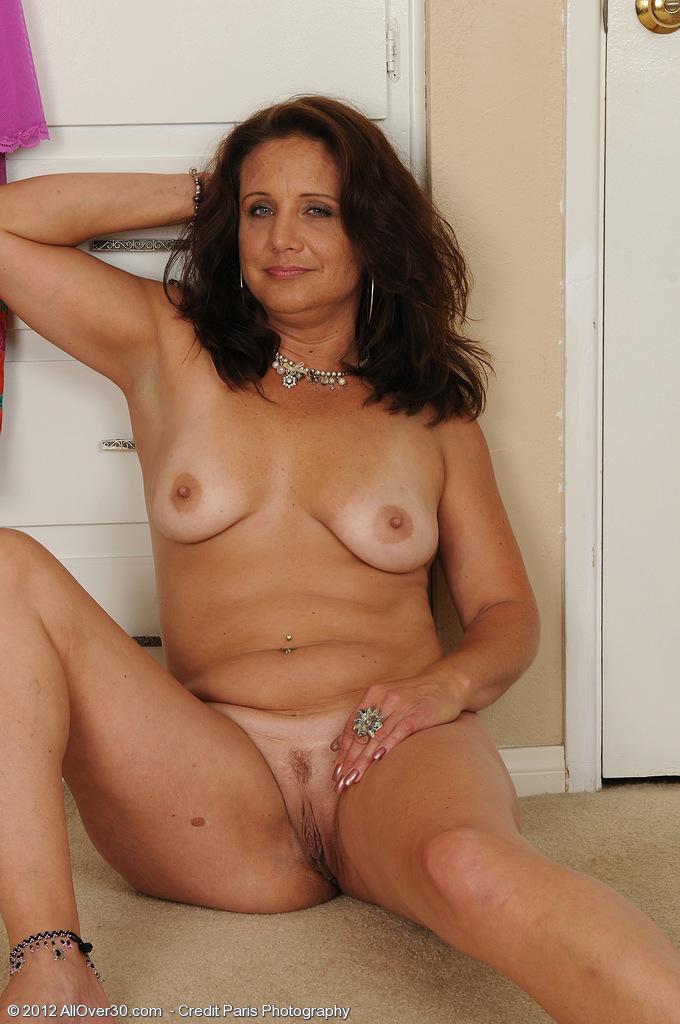 hot busty lady porno