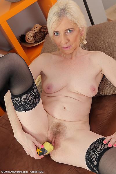 Sweet old women sex free mature porn video f8 xhamster nl - 4 5