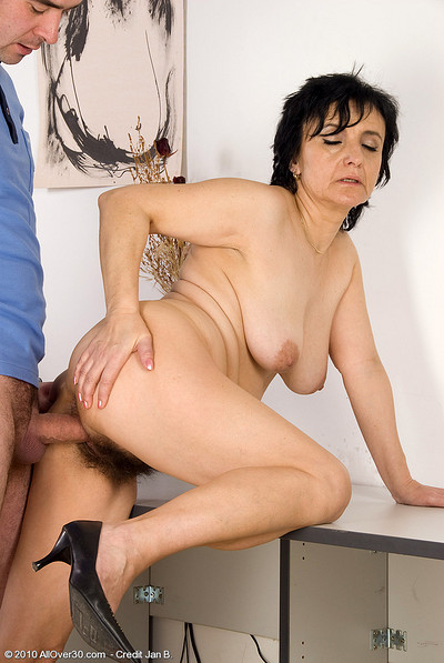 Black milf cocksucker