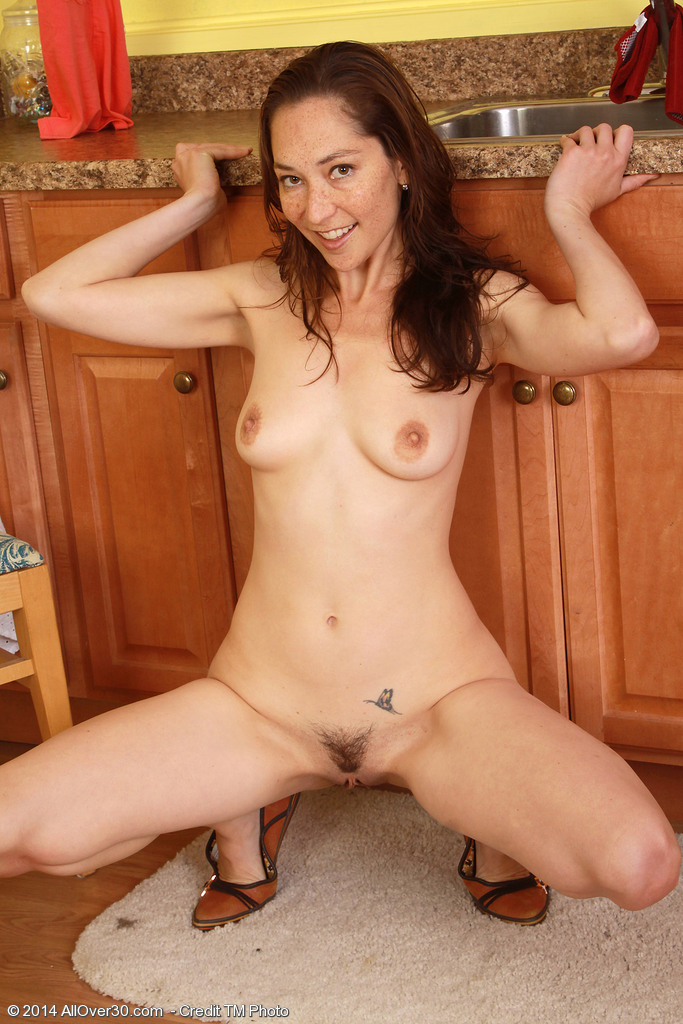 Free mature naked women video clips