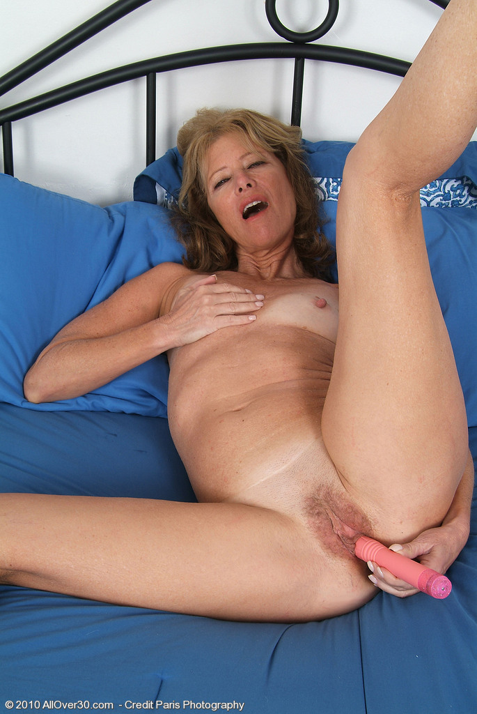 Ginger paris all nude quick tease 2
