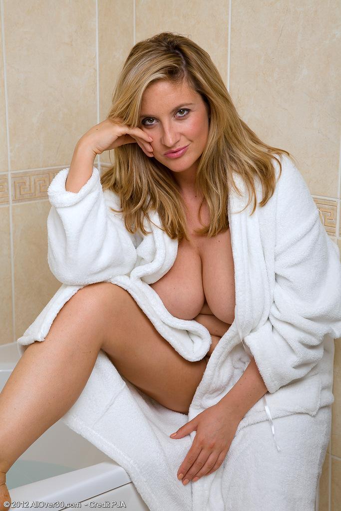 Jenny Scordamaglia Hot Nuda Topless