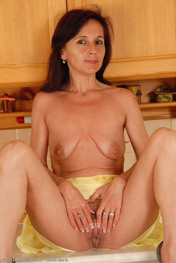 Could vecina hairy milf 323 only attracted