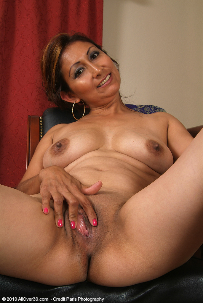Old mexican women nude