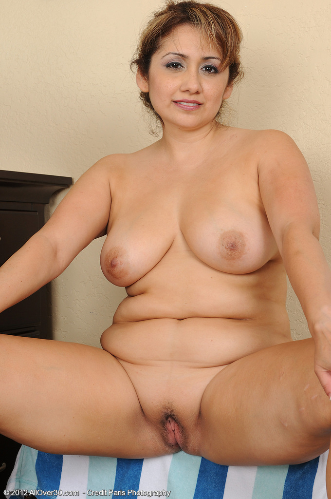 oreos with naked girls