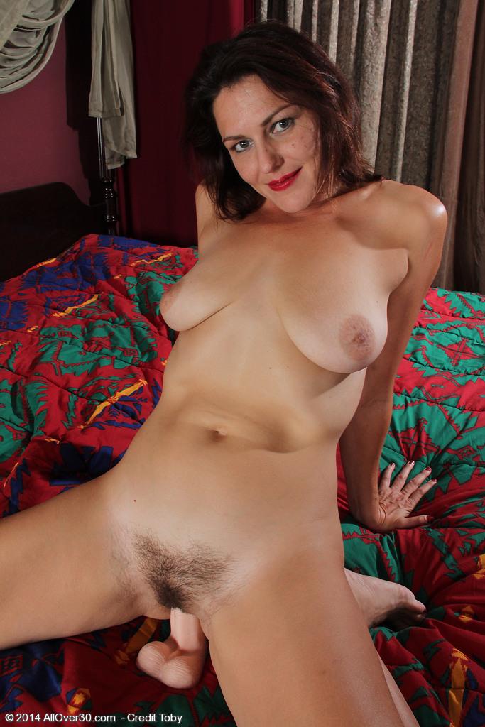 Joanna milf nude