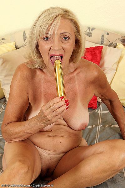 long horny lesbian tube