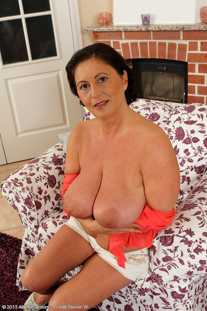 Right! Mature naked from hungary