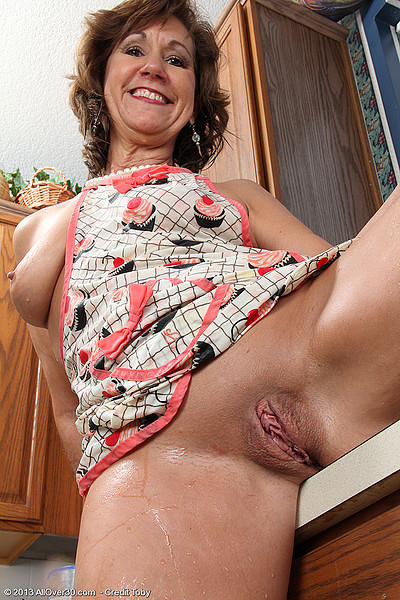53 year old granny fucks her old pussy with a dildo - 2 part 1