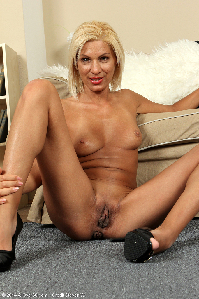 Free Milf Moaners Movies