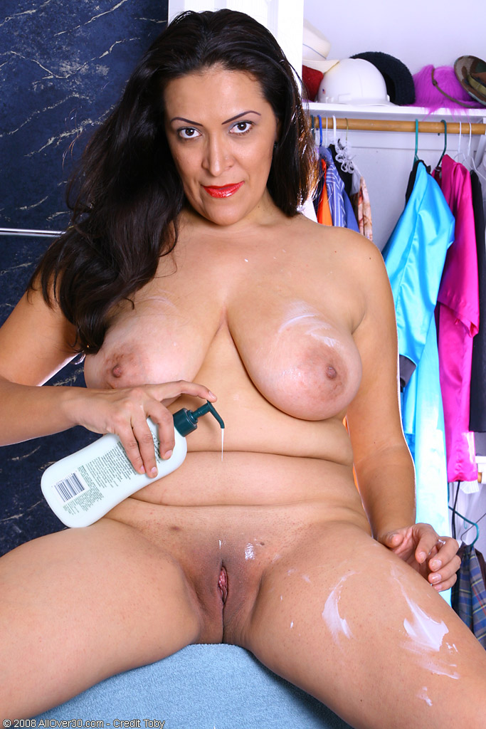 naked older puerto rican women