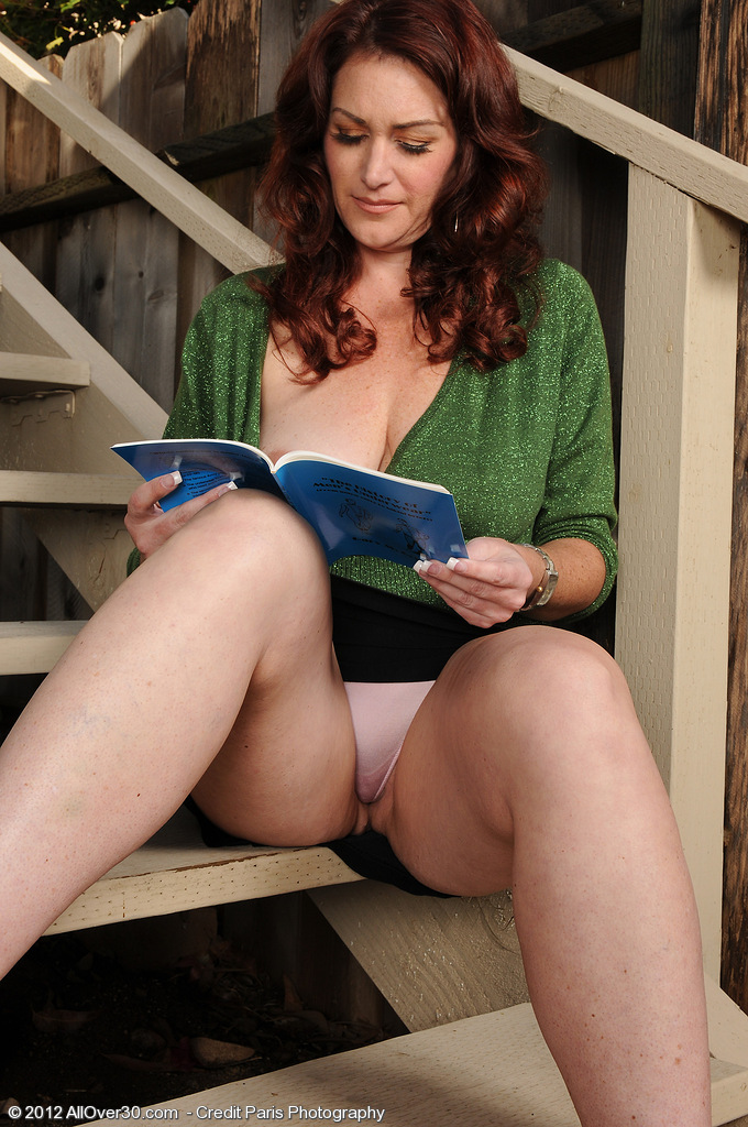 Mature reading naked — 9