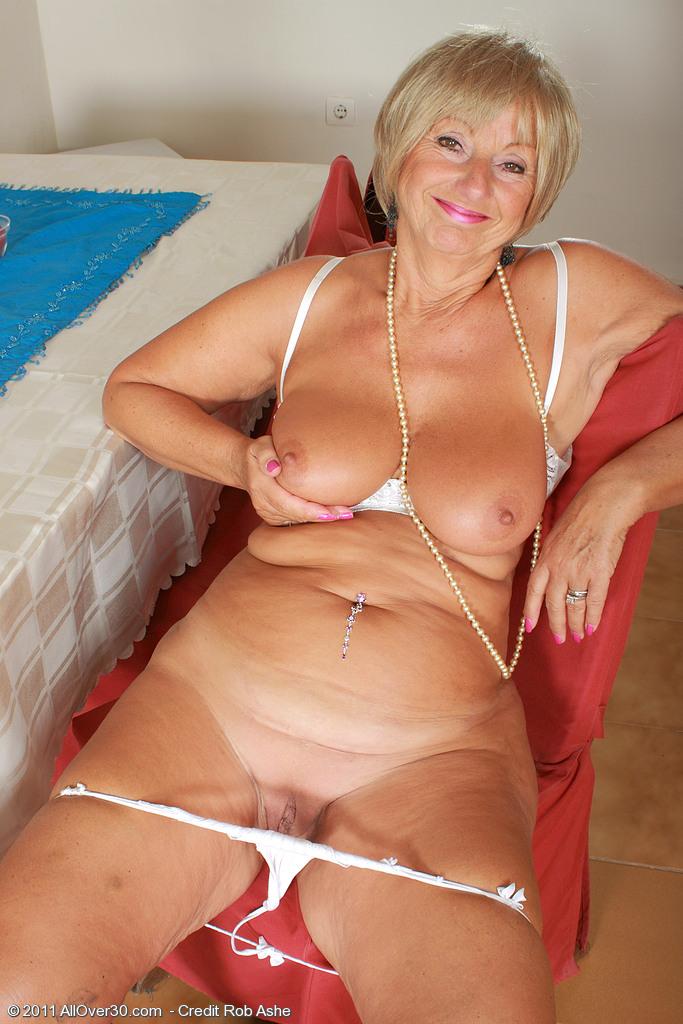 Gif blonde sex naked