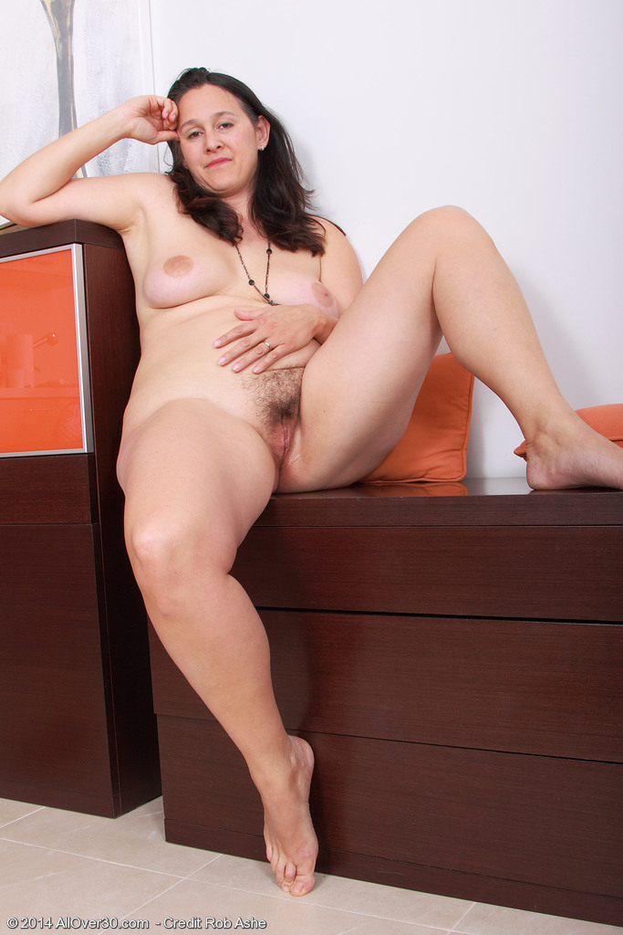 Words... super, Naked brunette english mature try