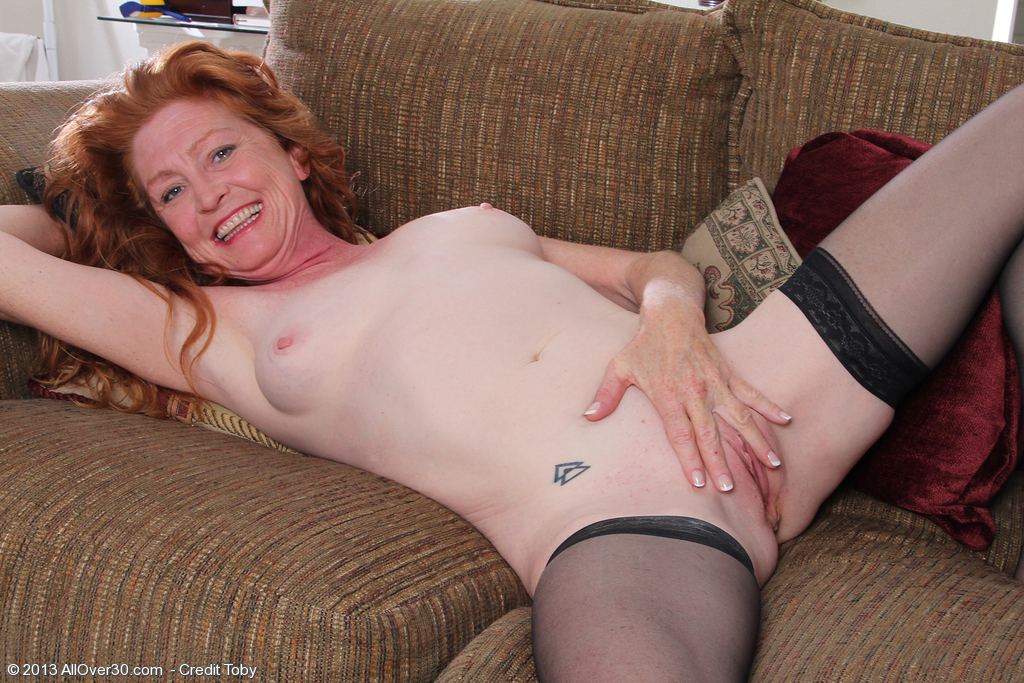 France a redhead milf with huge boobs - 3 4