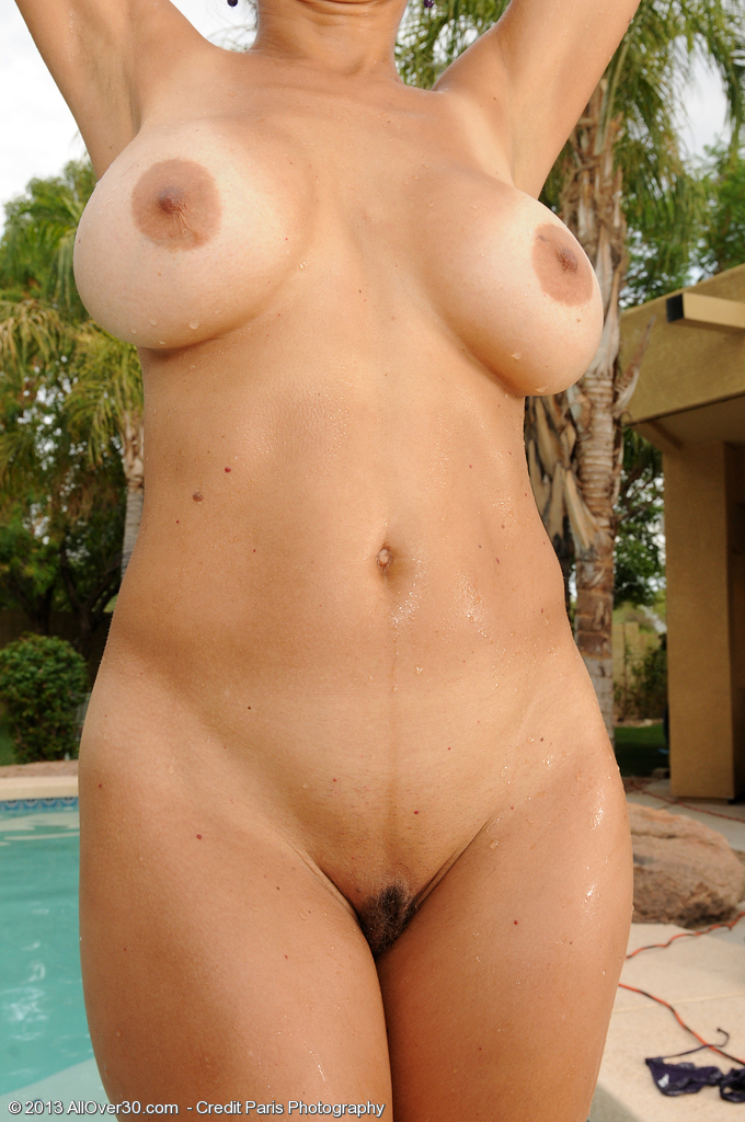 mature nudist full frontal