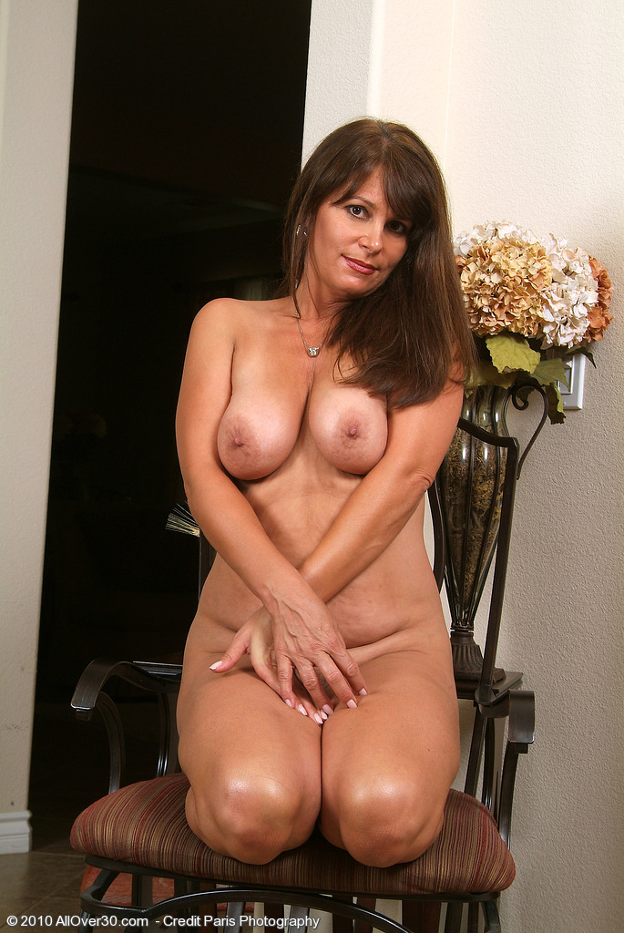 Mature naked ladies galleris