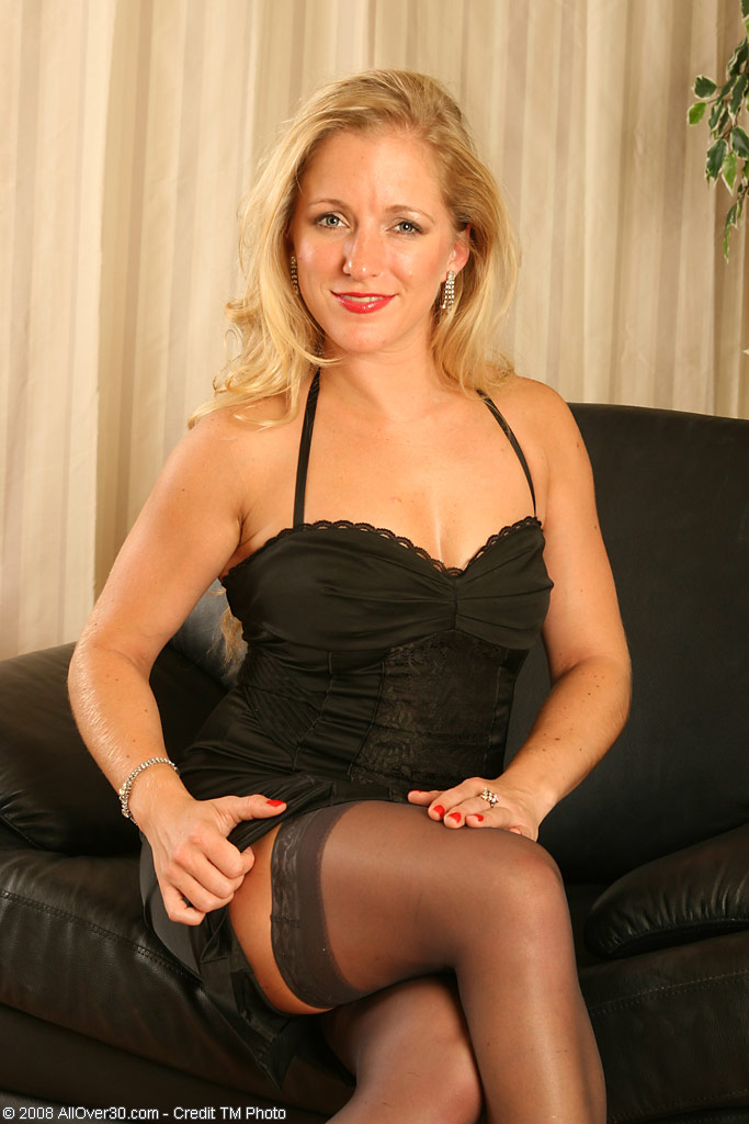 ... Pittsburgh, PA in High Quality Mature and MILF Pictures and Movies