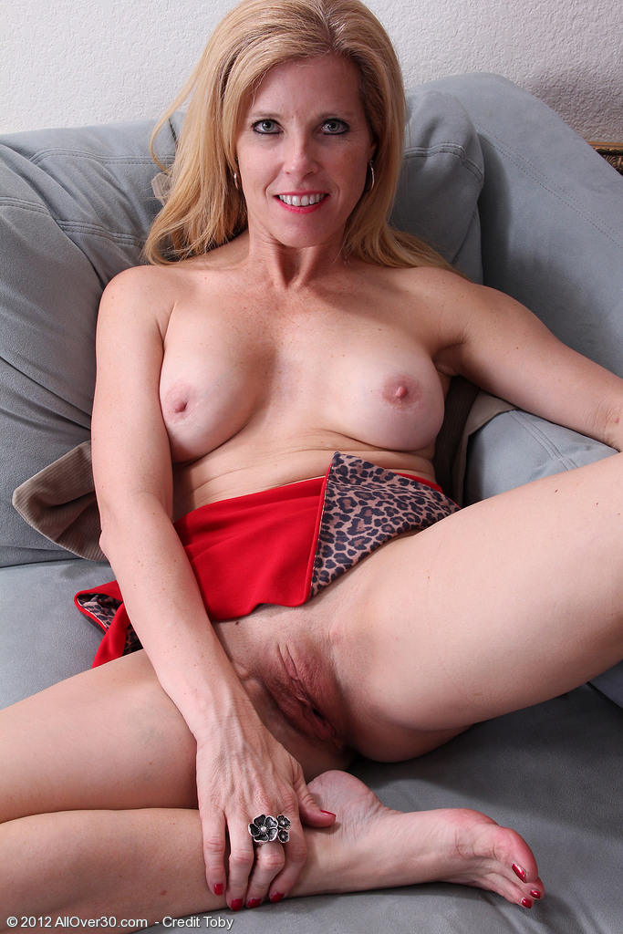 40 Year Old Milf Amateur