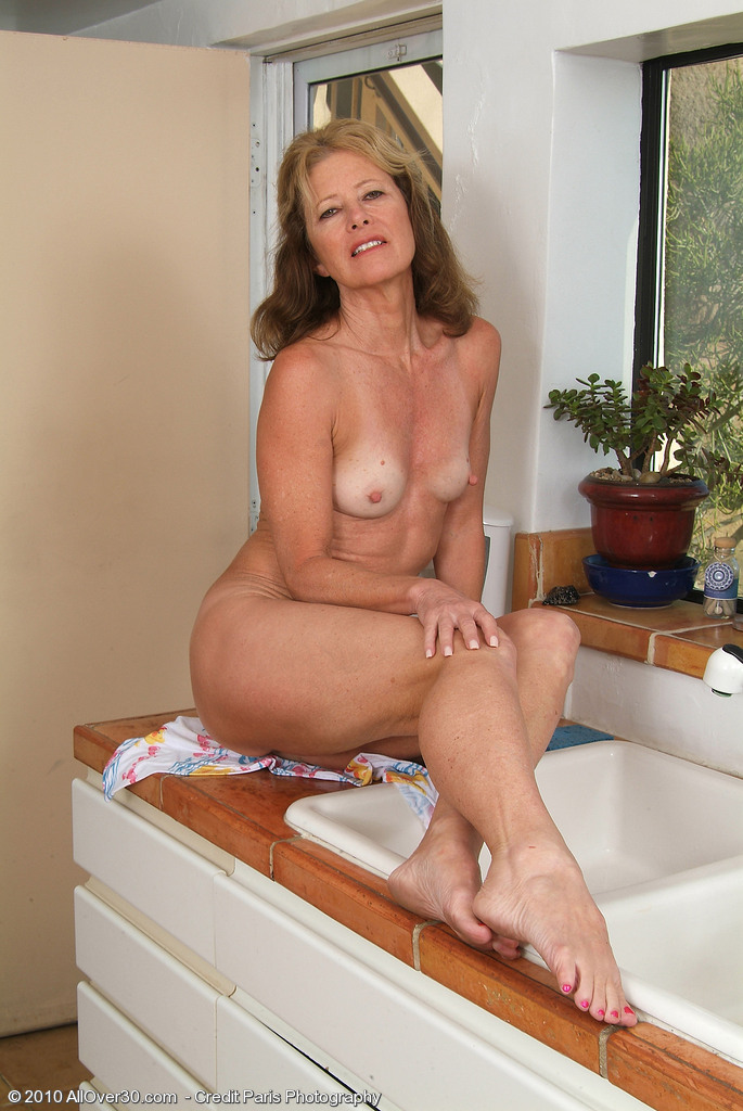 Allover30Freecom- Hot Older Women - 57 Year Old Janet L -9142