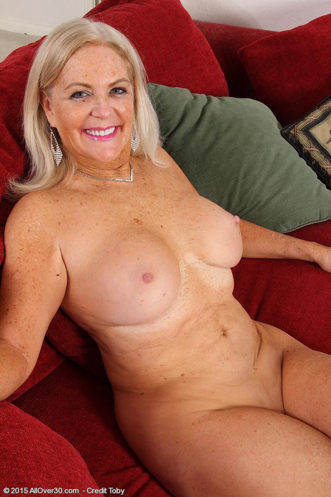 naked women san antonio