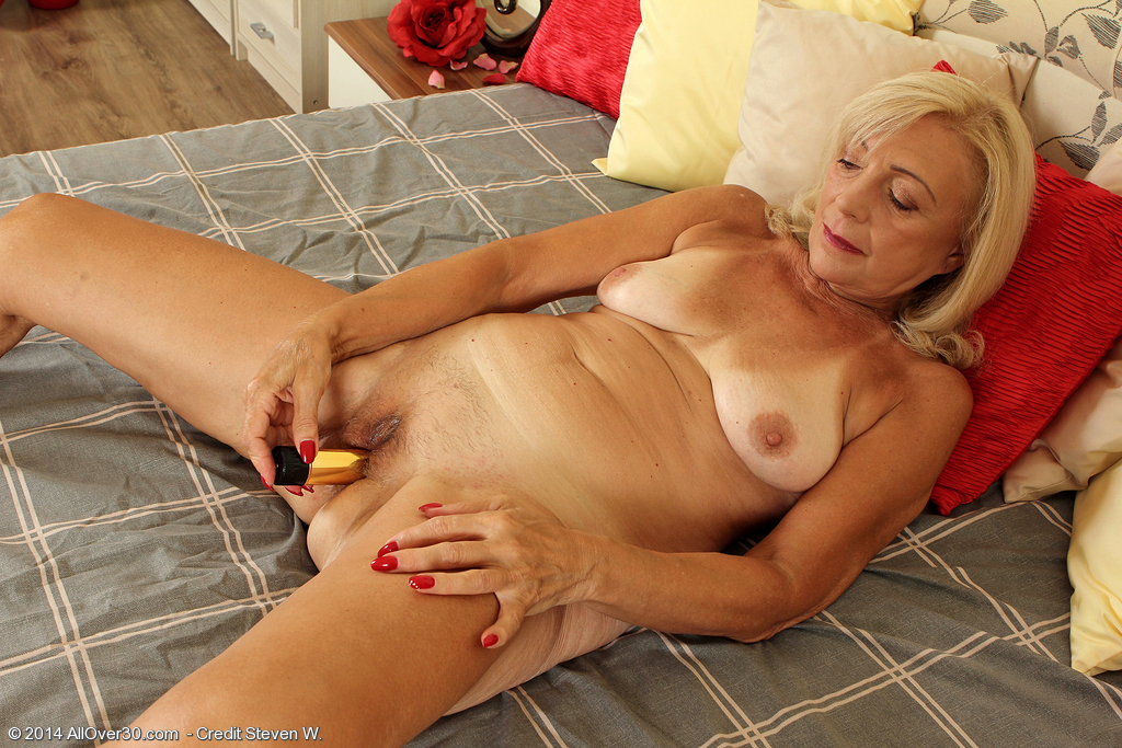 Allover30Freecom- Hot Older Women - 65 Year Old Kamilla -7199