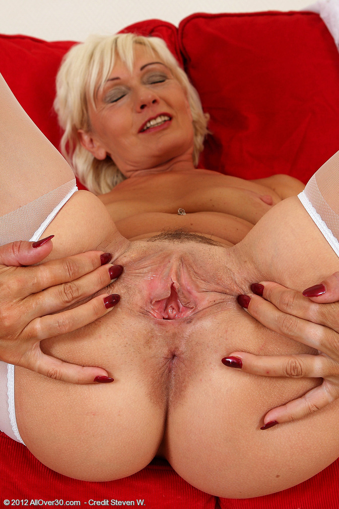 AllOver30Free.com- Hot Older Women - 45 Year Old Katie ...