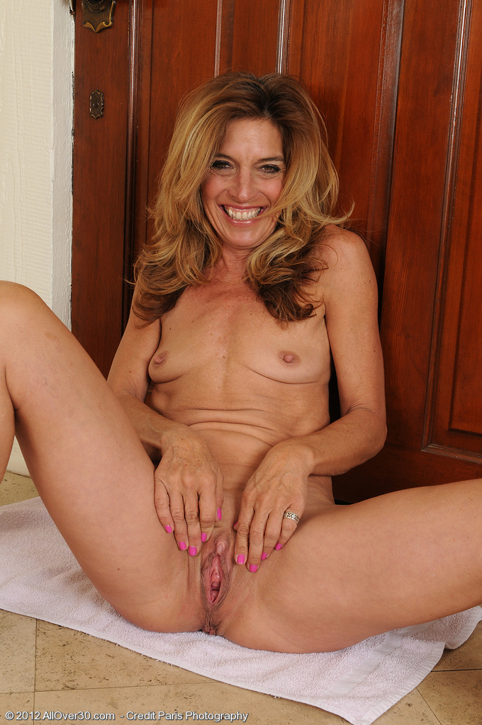 Older women shaved naked nude, enhanced breasts and pictures
