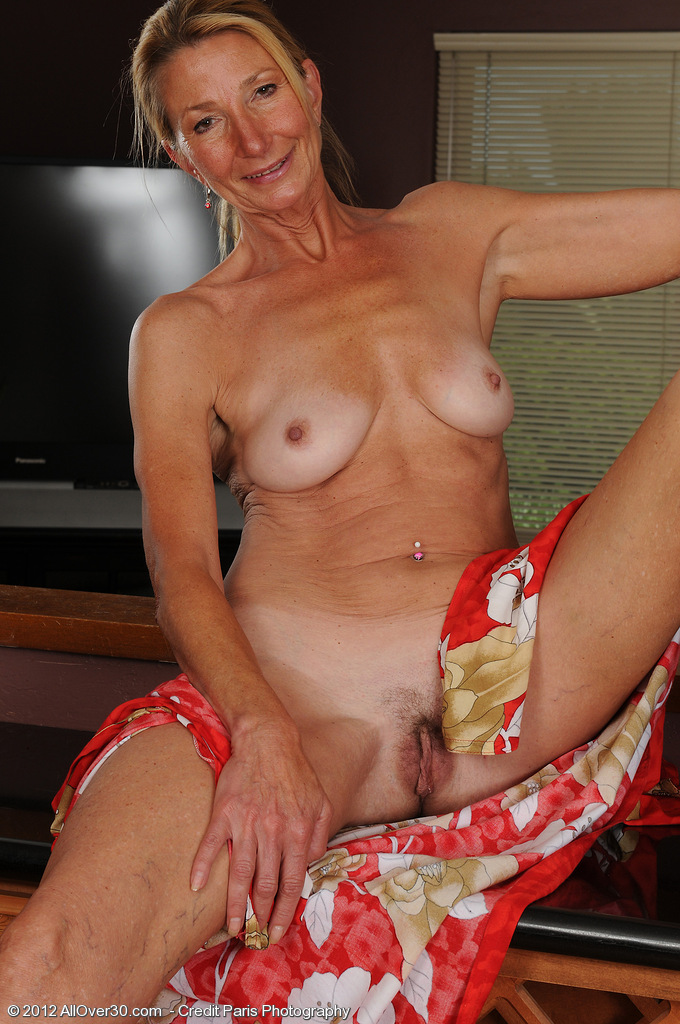 Mature old housewives pictures