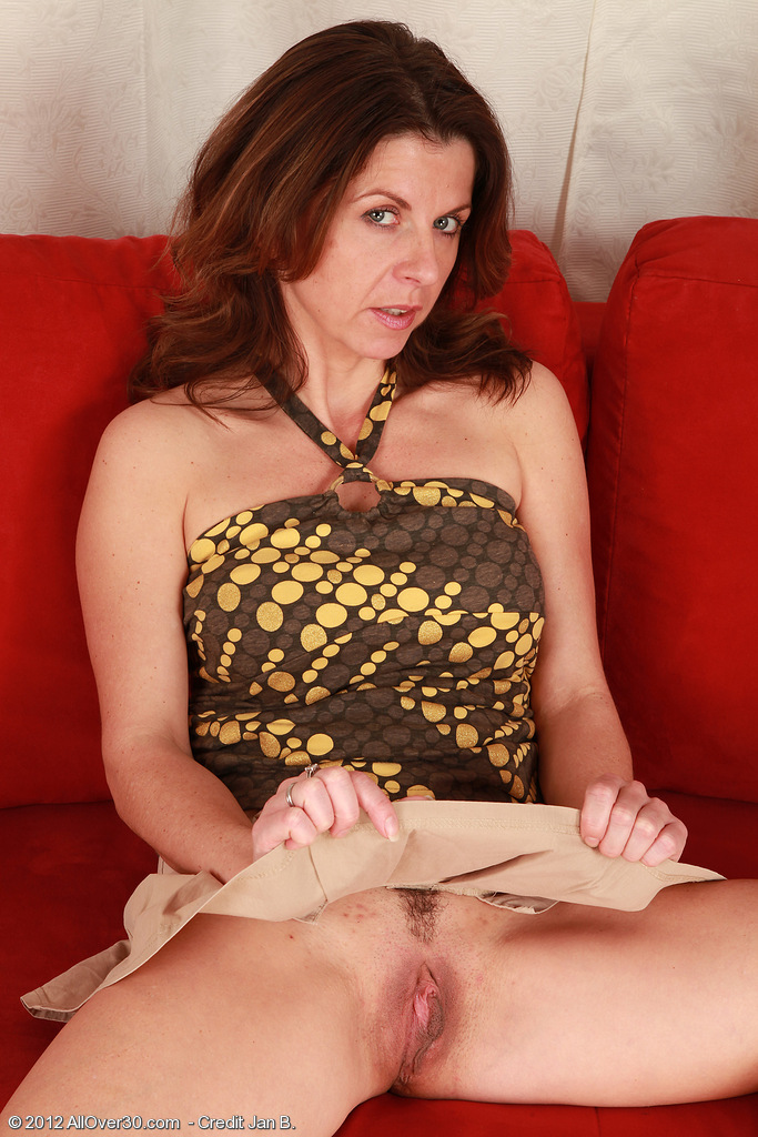 Allover30Freecom Introducing 36 Year Old Patris From -6056