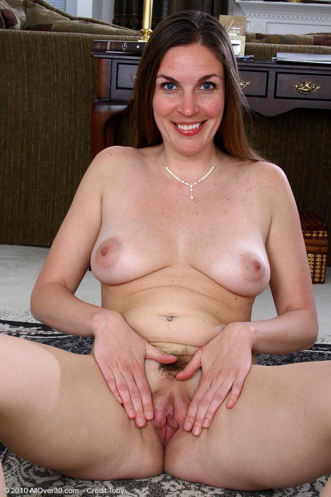 Mature nude women wide hips homemade xxx pics