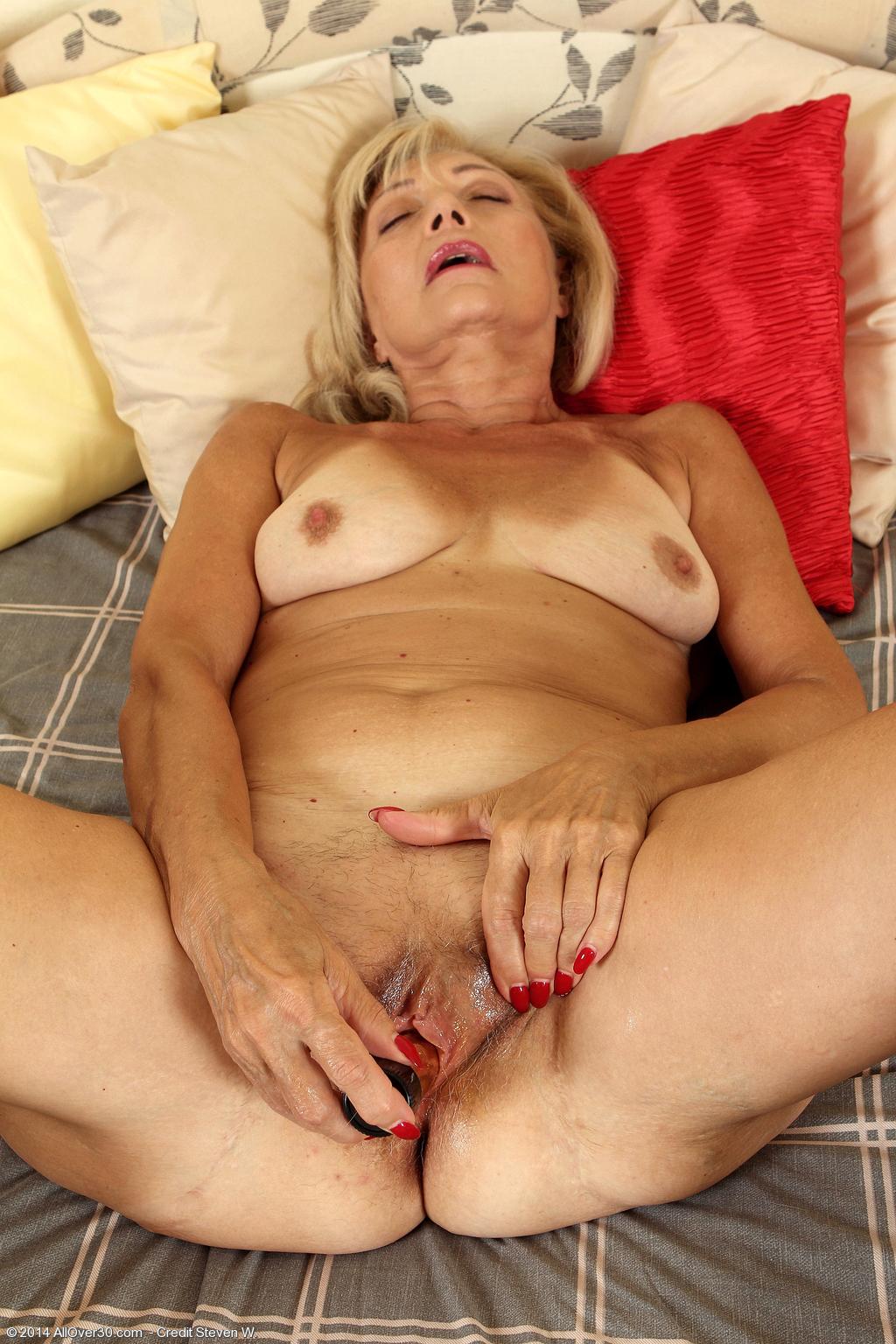 Older mature women videos